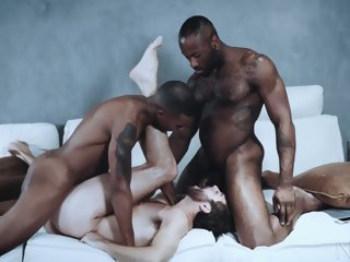 Muscle Jacen Zhu Threesome