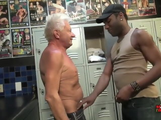 Grampa Big Cock Gets Whamo